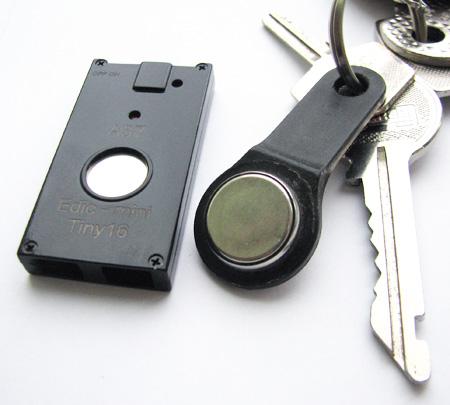 Размеры цифрового диктофона Edic mini Tiny16 A37
